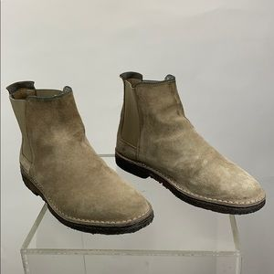 Vince Suede Chelsea Boot Size 8